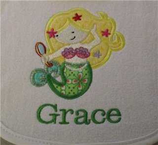 Set of 2 Personalized Baby Burp Cloths   Great Baby Shower Gifts