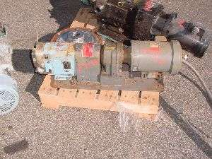 Waukesha stainless steel positive displacement pump model 15