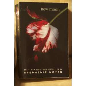 New Moon (TWILIGHT SERIES) (9781905654352): Stephanie