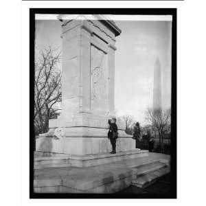 boy, John Paul Jones Monument, [Washington, D.C.]: Home & Kitchen