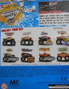 2011 Hot Wheels Monster JAM 26 WRECKING CREW TRUCK 164