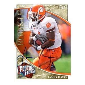 James Davis Autographed / Signed 2009 Upper Deck Card