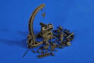 Verlinden 135 Panzerwerk Engine Hoist + Engine #2686