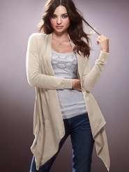 Suéter tipo cárdigan con diseño irregular Más colores Oferta $55