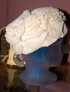 Z31 VTG 50s flower tower bucket turban white Dress Hat CUTE SMALL