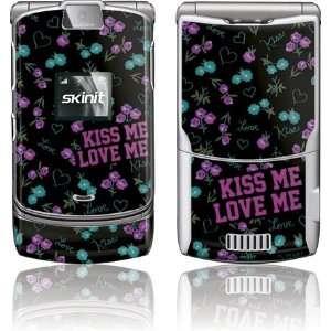 Skinit Kiss Me Love Me Vinyl Skin for Motorola RAZR V3 Electronics