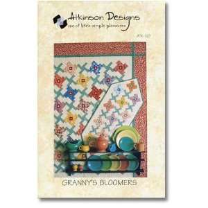 Grannys Bloomers Quilt and Table Runner Pattern