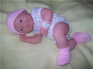 BERENGUER LA NEWBORN VINYL BABY GIRL DOLL/REBORN/BLANKET/CLOTHES 14