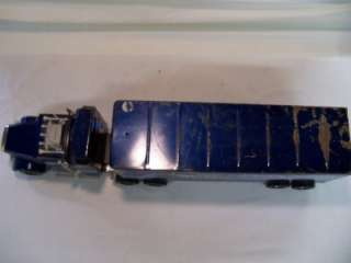 70S NYLINT SILVER KNIGHT EXPRESS TRUCK SEMI TRACTOR TRAILER TOY